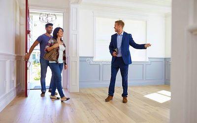 Как риэлторы договариваются о продаже квартир. Откуда они достают телефон собственника и какие уловки используют