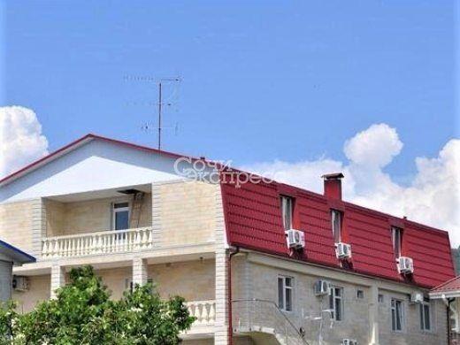 Дом 950м² на участке 5 сот