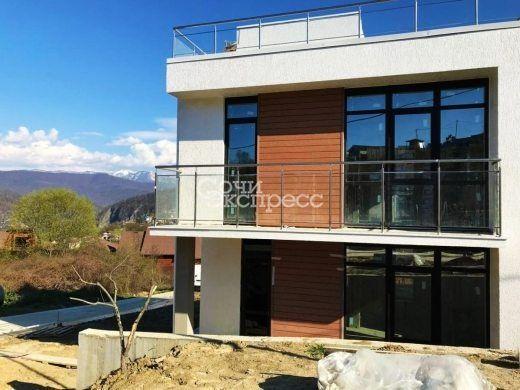 Дом 140м² на участке 4 сот