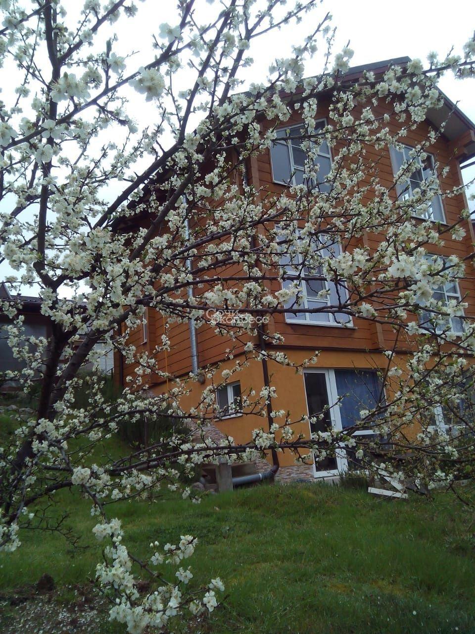 Дом 177м² на участке 10 сот