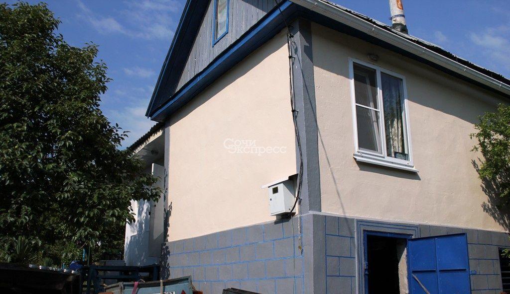Дом 50м² на участке 6 сот