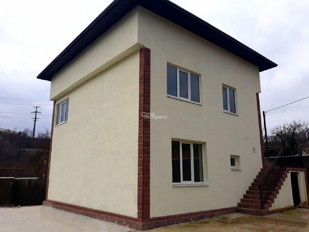 Дом 200м² на участке 10000000 сот