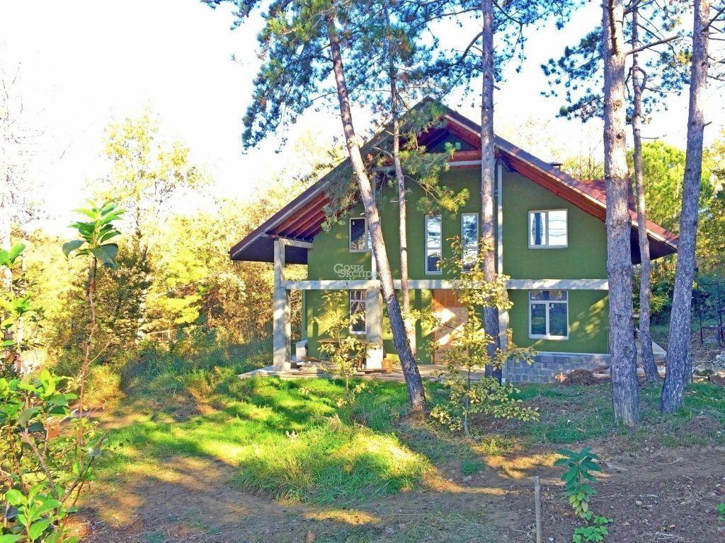 Дом 200м² на участке 18 сот