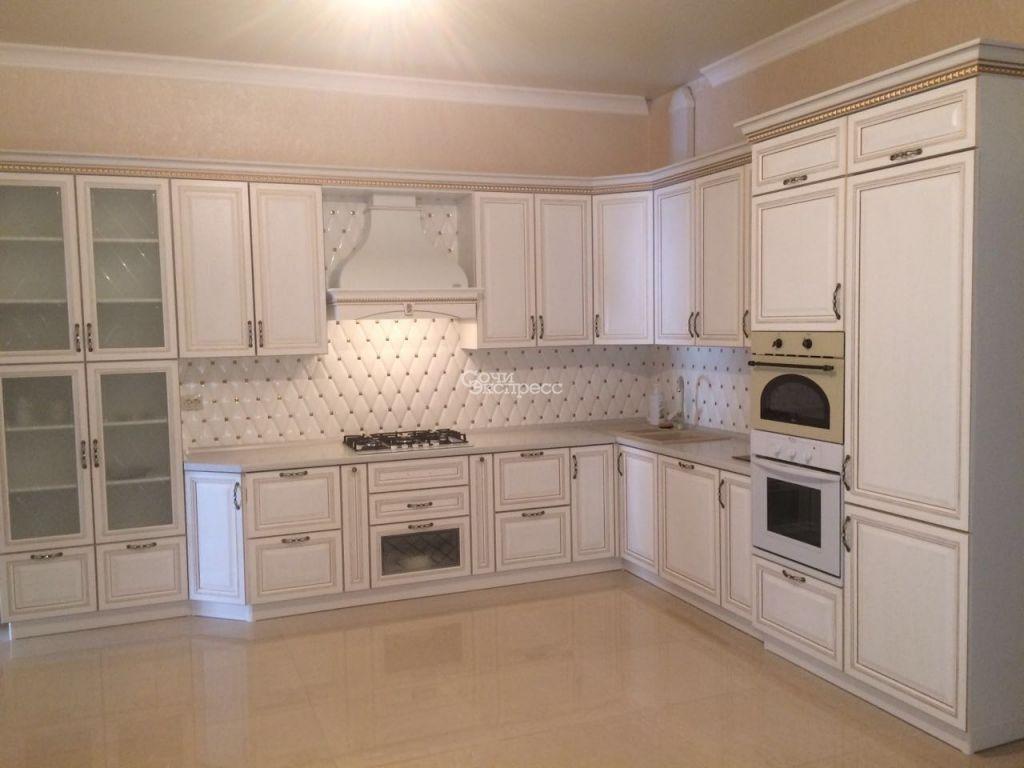Дом 700м² на участке 5 сот