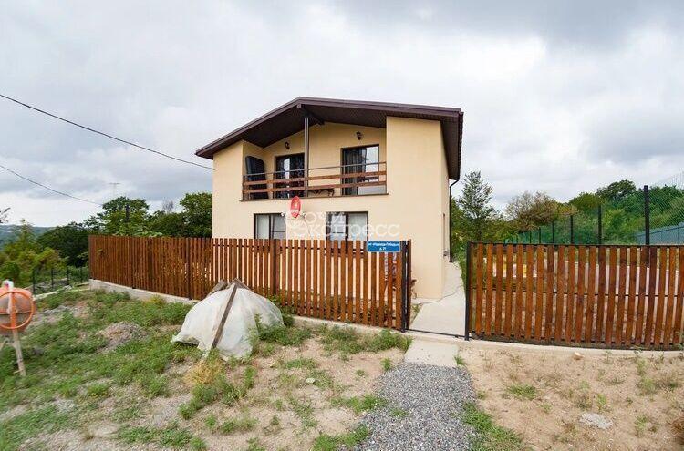 Дом 158м² на участке 6 сот