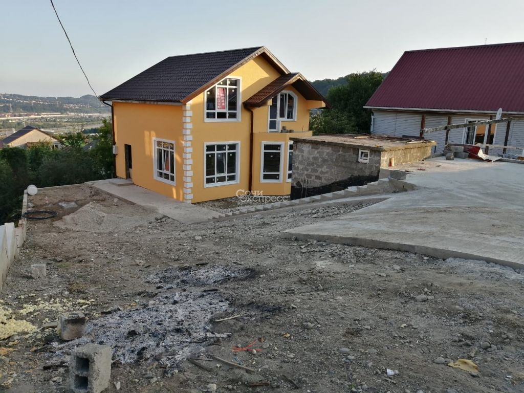 Дом 136м² на участке 4 сот