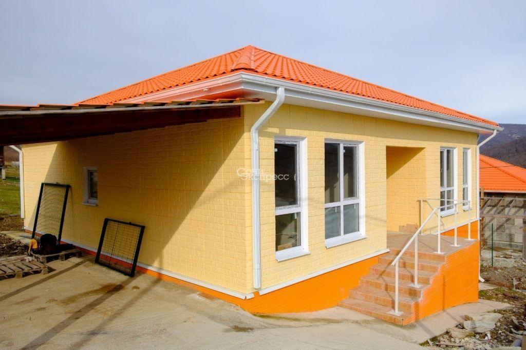 Дом 101м² на участке 5 сот