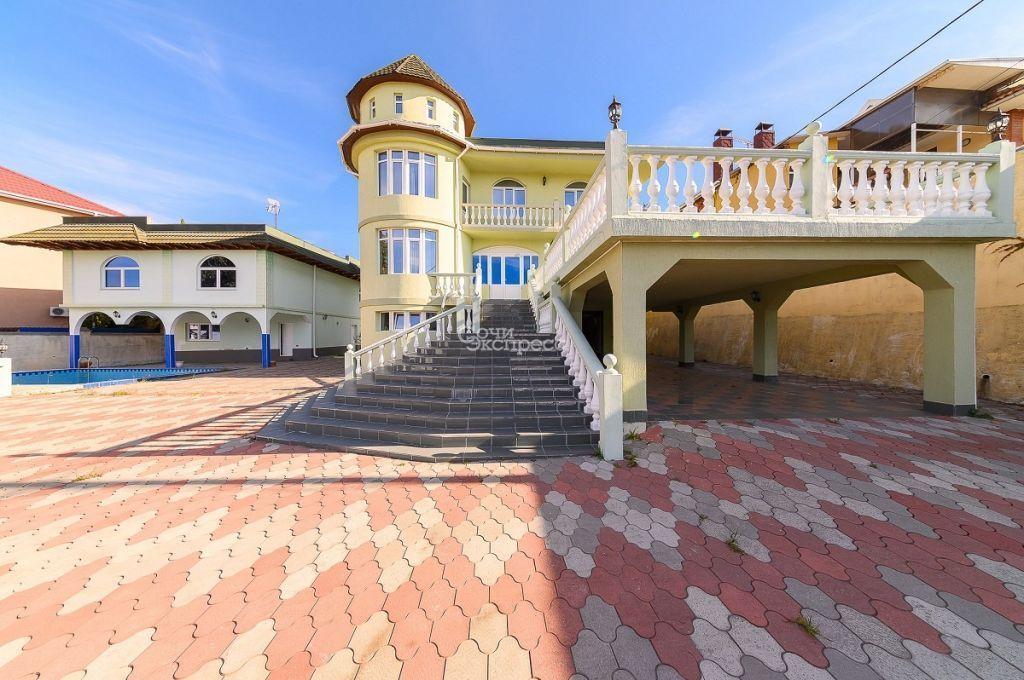 Дом 550м² на участке 31 сот