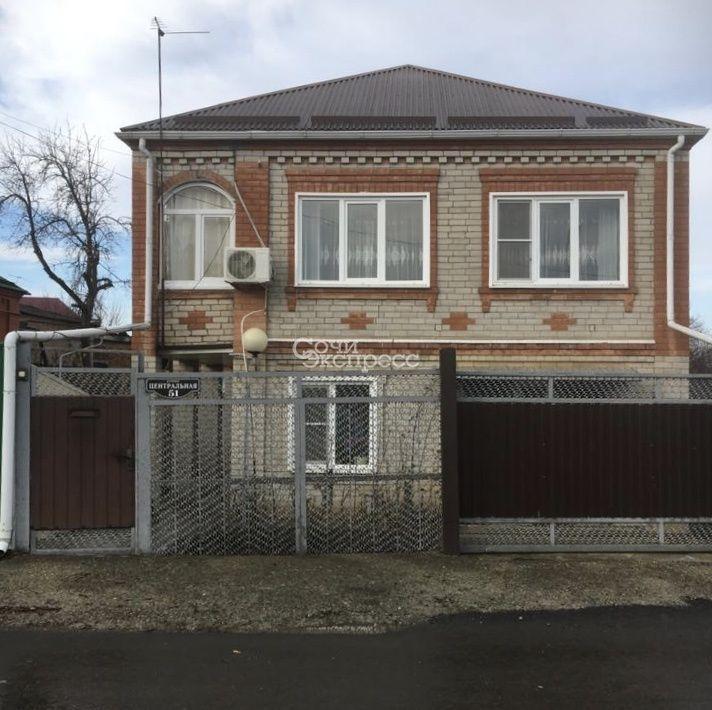 Дом 90м² на участке 5.3 сот