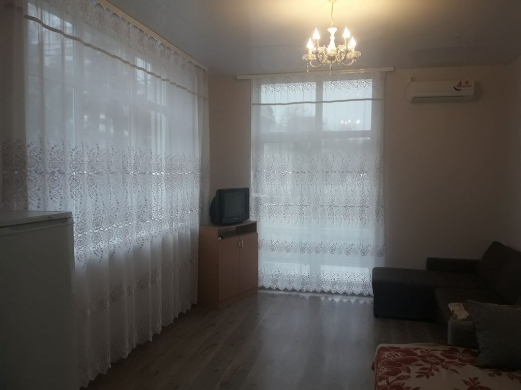 Студия-к квартира, 30м², 2/4 эт