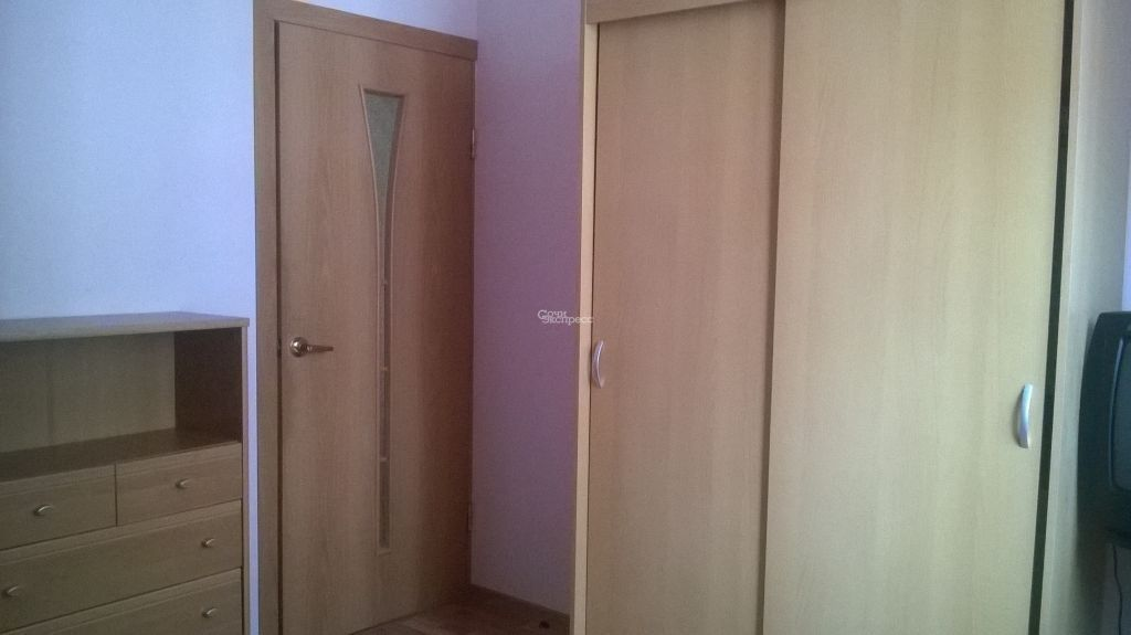 Комната 12м² в 5+-к, 3/3 эт