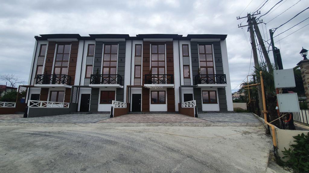 Дом 140м² на участке 3 сот