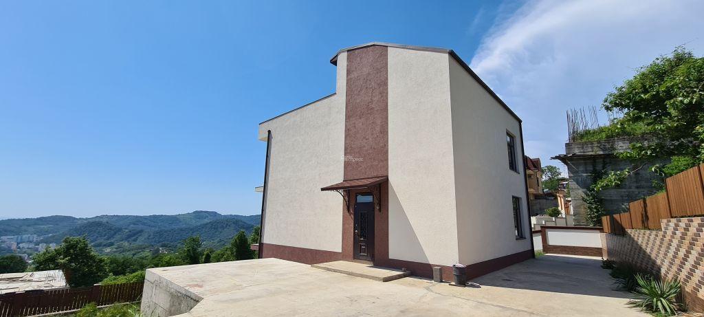 Дом 250м² на участке 6 сот
