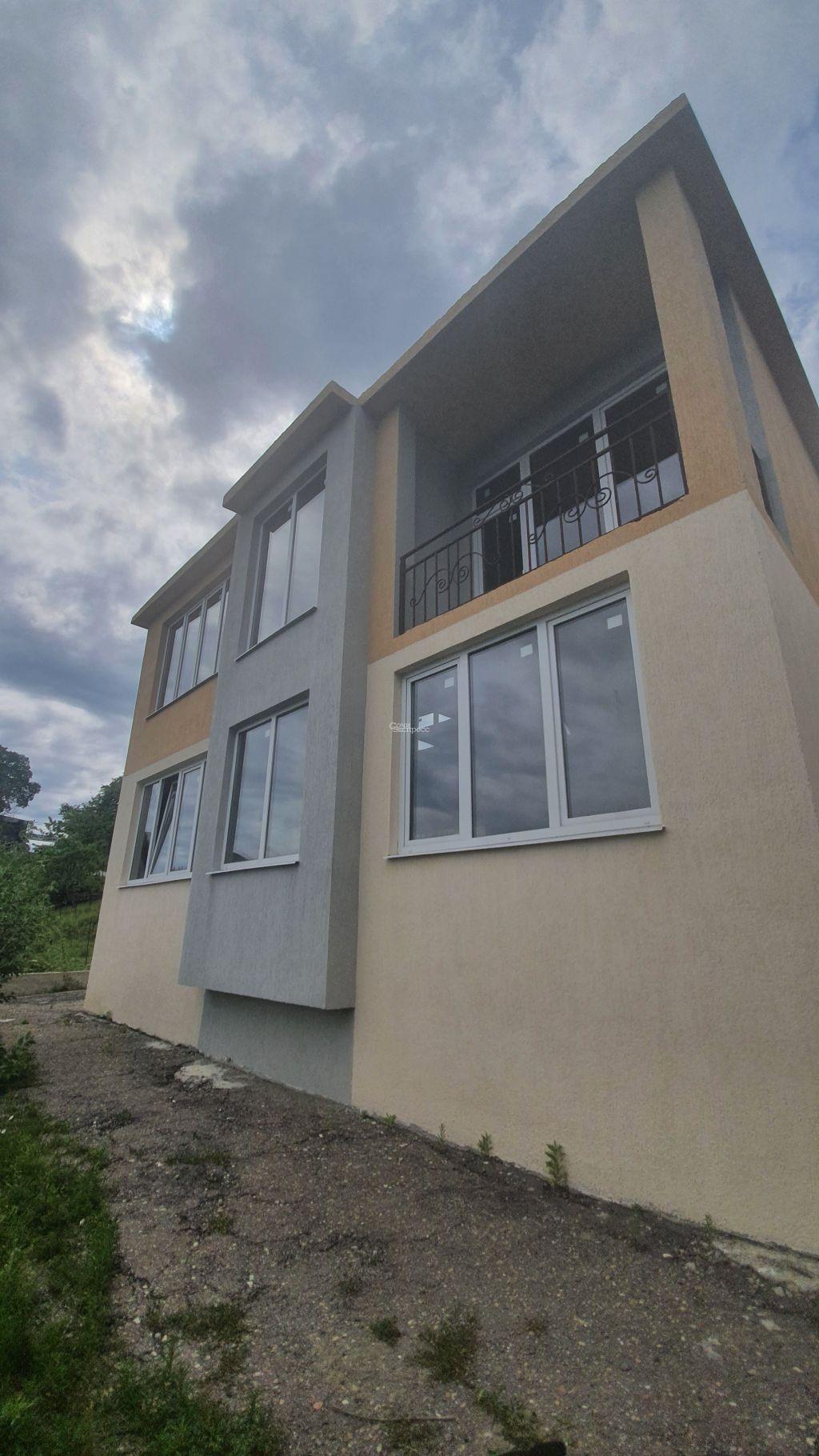 Дом 130м² на участке 3 сот