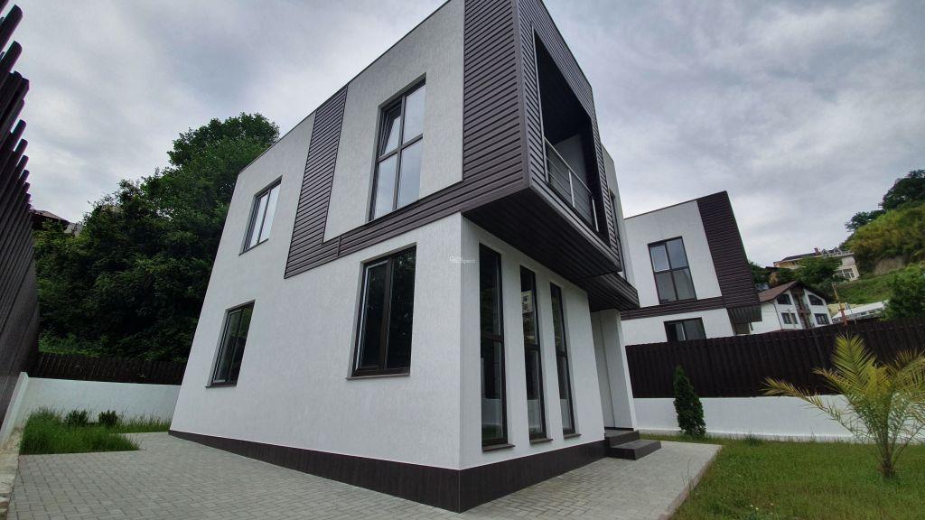 Дом 110м² на участке 3 сот