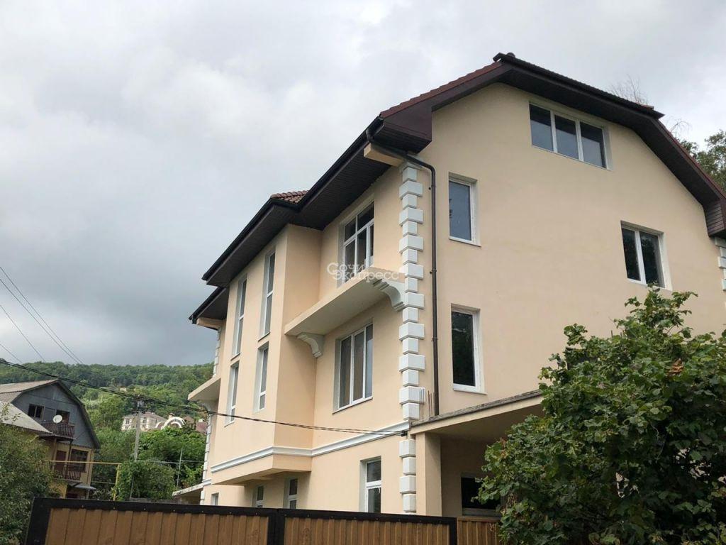 Дом 290м² на участке 3.5 сот