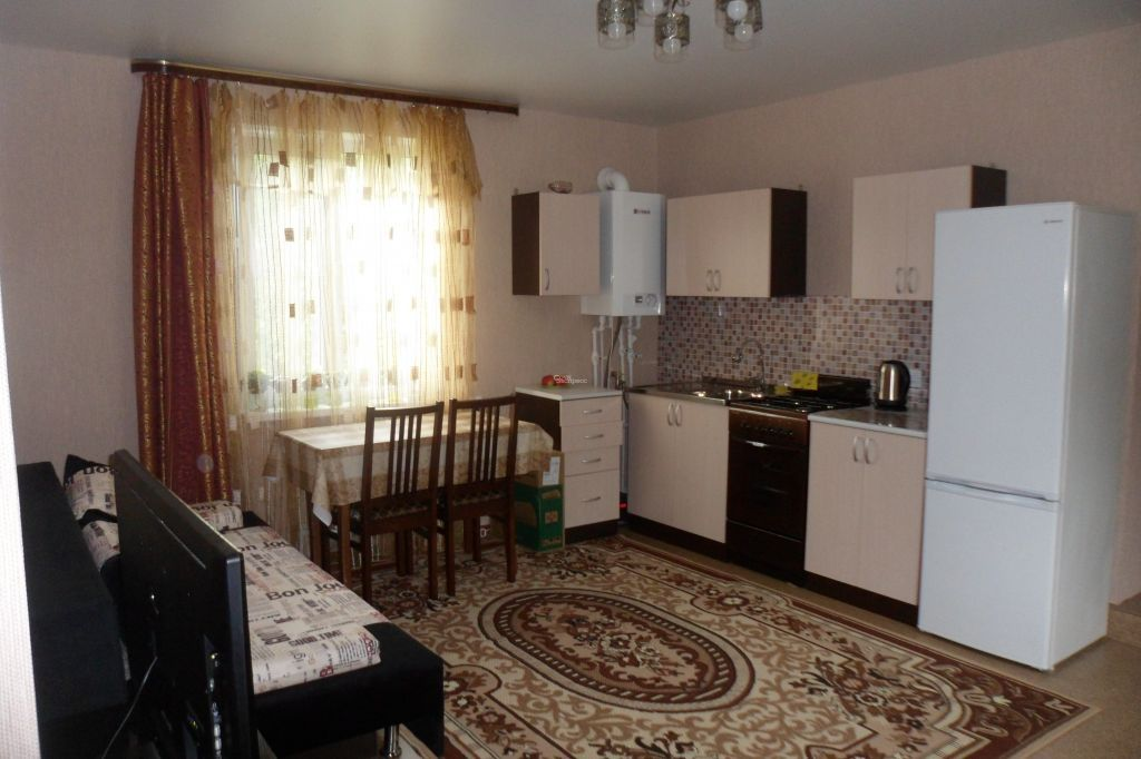 Дом 52м² на участке 5 сот