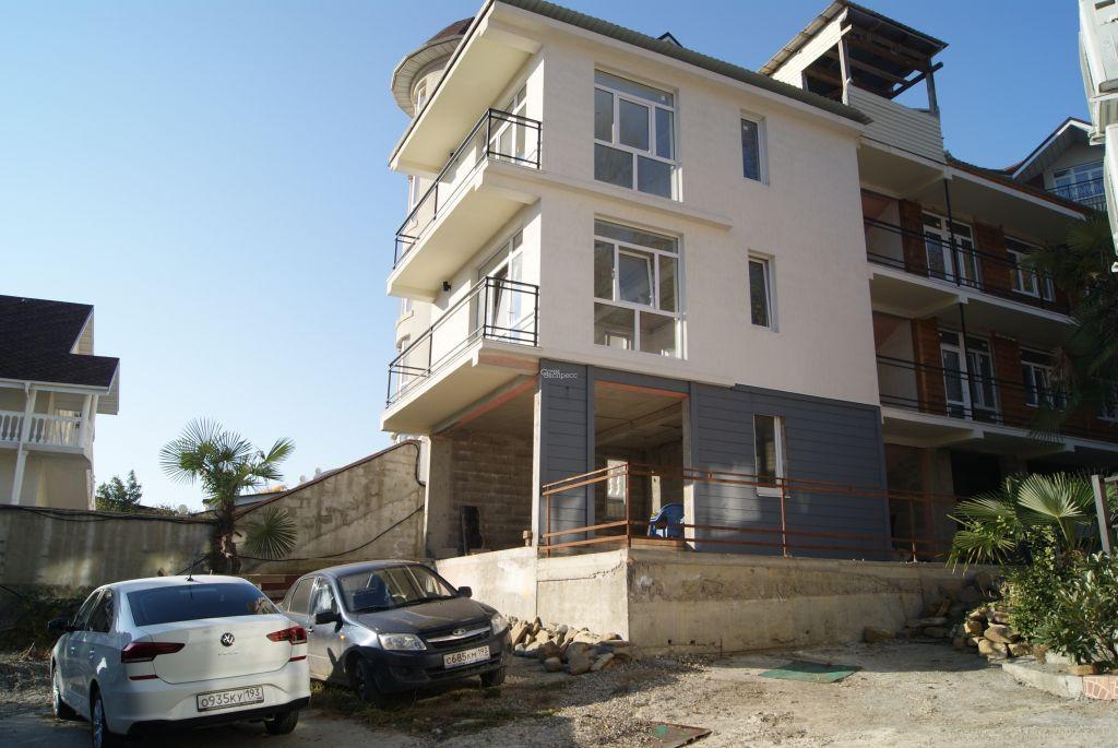 Дом 450м² на участке 5 сот
