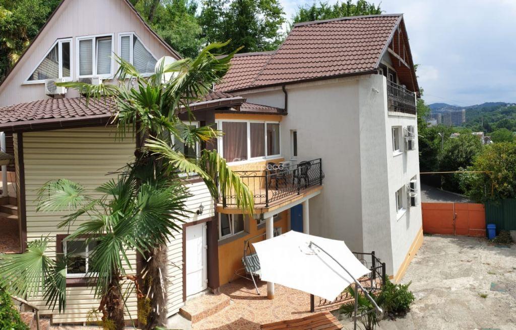 Дом 480м² на участке 6 сот