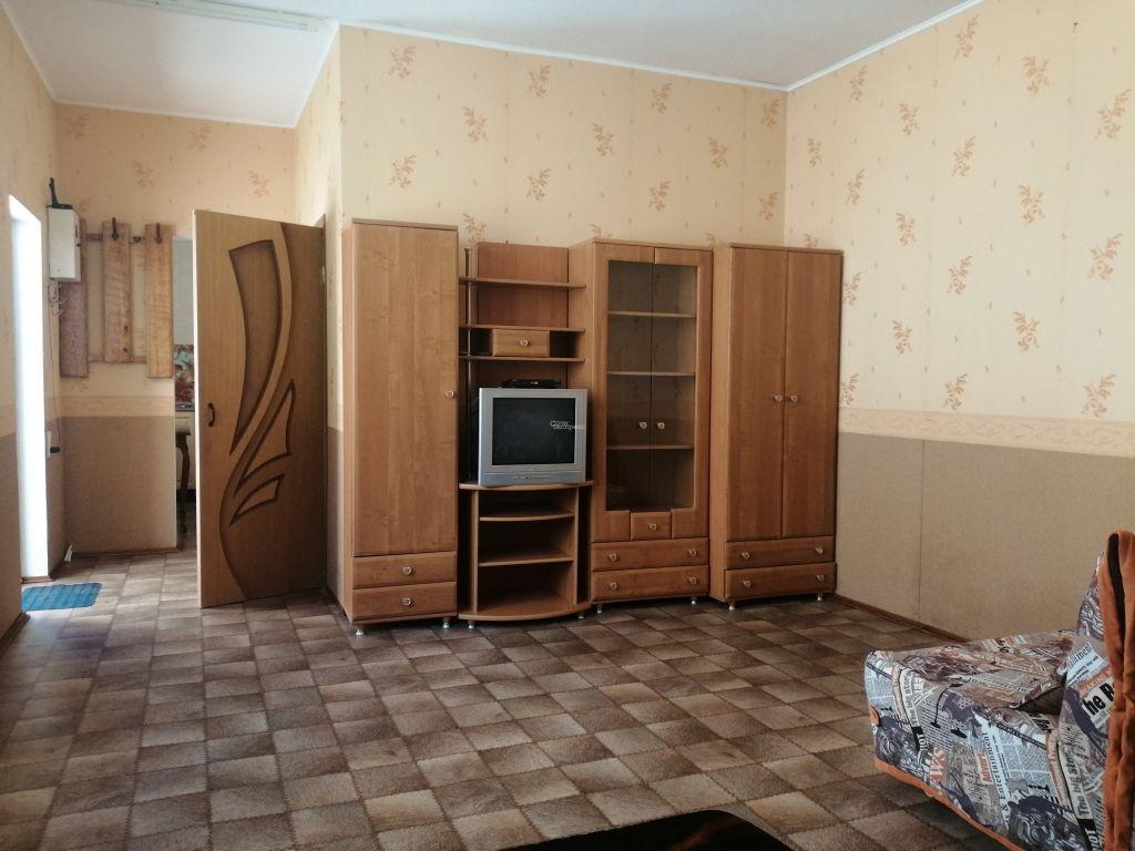 Дом 45м² на участке 1 сот
