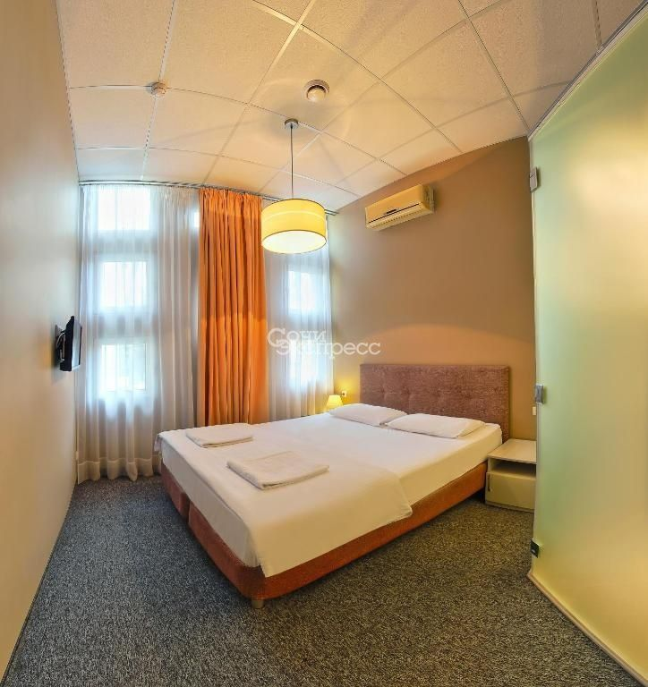 Гостиница, 300м²